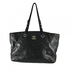 CHANEL BLACK ON THE ROAD TOTE